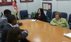 Sen. Mikulski and her aides meet with NASW officials.